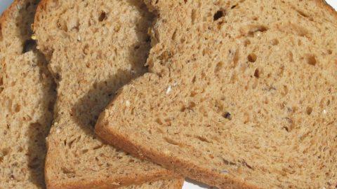 Zuppa estiva di pane, una ricetta semplice e gustosa
