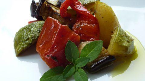 Crostoni con ratatouille di verdure