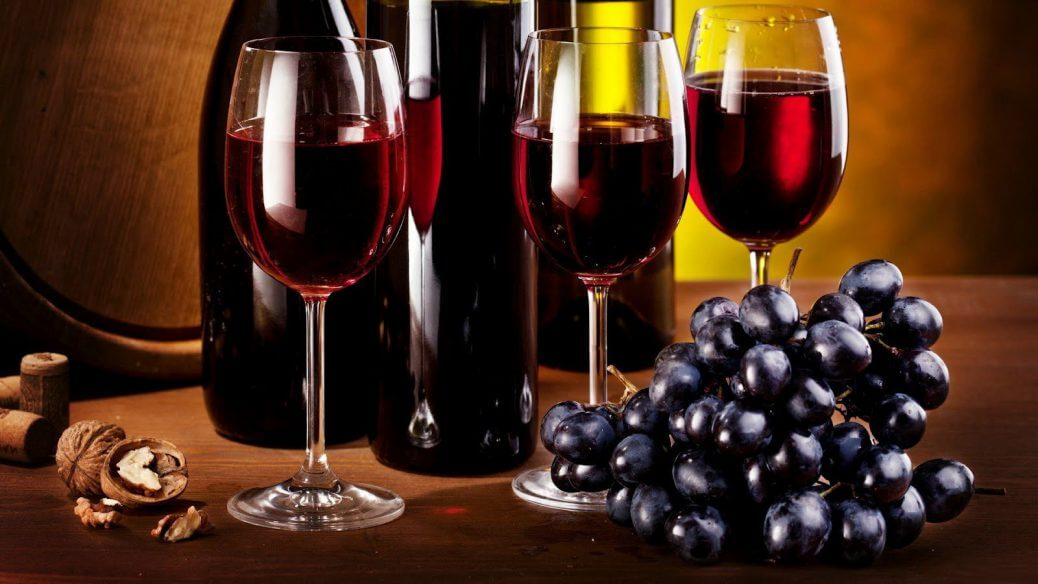 Scopriamo-la-differenza-tra-vino-biologico-e-biodinamico-vino-rosso
