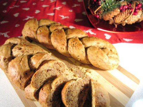 Treccia ricca di Natale, la ricetta del lunedì