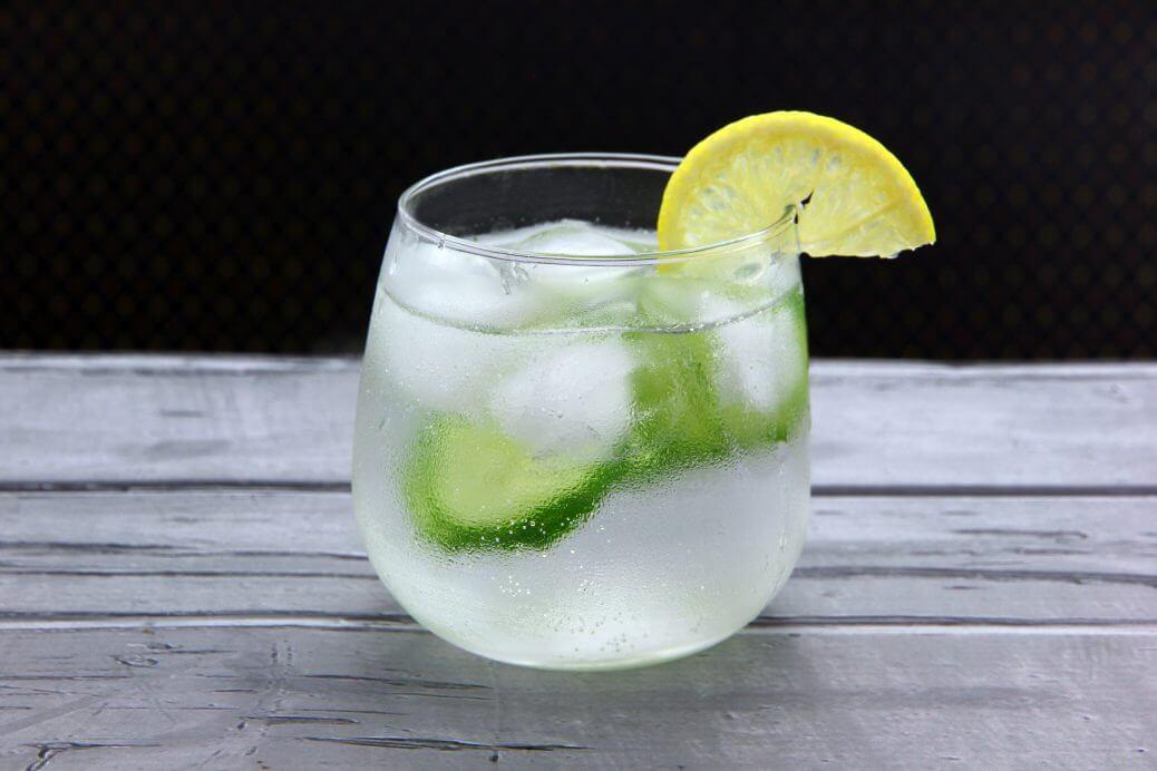Gin tonic aromatico, la ricetta di Love & Culture