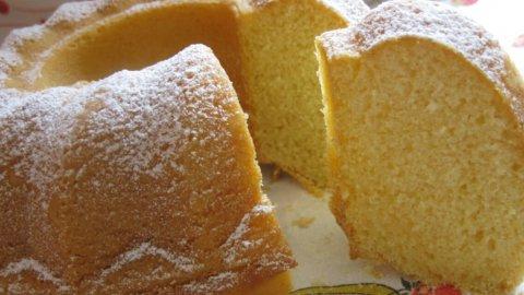 Che differenza c'è tra plumcake e ciambellone