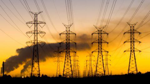 Le grandi imprese 'ingorde' di energia sono avvantaggiate
