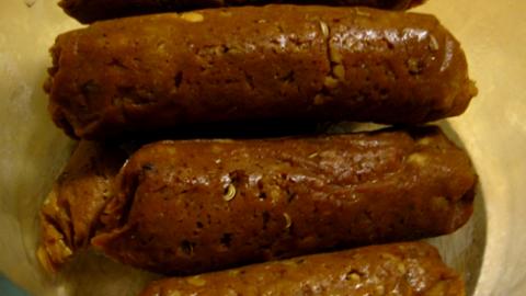 Prepariamo un buonissima salsiccia vegana
