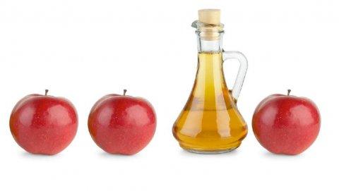 Alla scoperta delle tante proprietà dell'aceto di mele biologico